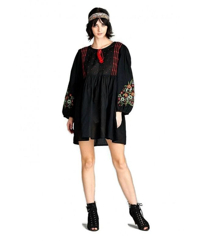 Velzera Floral Embroidered Peasant Tunic